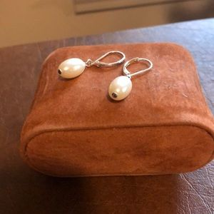 Pearl dangle silver earrings